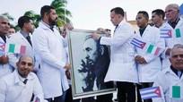 Cuba điều 'đoàn quân áo trắng' giúp Italy chống Covid-19