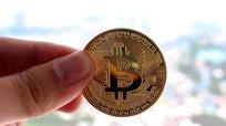 Nhộn nhịp rao bán đồng xu Bitcoin lì xì Tết