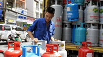 Giá gas tiếp tục tăng thêm 7.000 đồng/bình 12kg