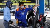 Giá xăng tăng lần thứ năm liên tiếp