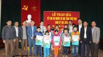 Báo Nghệ An, Công ty Bất động sản Tâm Quê trao quà Tết tới người nghèo ở Yên Thành