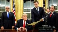 Trợ lý của Trump từ chức sau cáo buộc hành hung vợ cũ