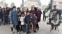 """Bé 7 tuổi hiến giác mạc: Bộ trưởng âu yếm gọi """"con gái nhỏ"""""""