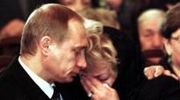 """Cha tìm con giữa """"địa ngục trần gian"""" Syria, Tổng thống Putin rơi lệ"""