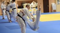 """Vì sao Thủ tướng Nhật Bản gọi ông Putin là """"võ sĩ judo chân chính""""?"""