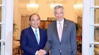Thủ tướng Nguyễn Xuân Phúc hội đàm Thủ tướng Singapore Lý Hiển Long