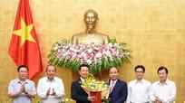 Thủ tướng trao Quyết định giao quyền Bộ trưởng Bộ Thông tin và Truyền thông
