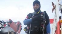 Thợ lặn thiệt mạng khi tìm kiếm máy bay Indonesia rơi xuống biển