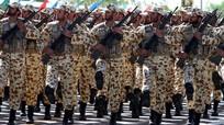 Iran tập trận ngay sau khi tàu sân bay Mỹ đi vào vùng Vịnh
