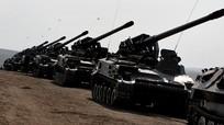 """Chuyên gia quân sự cảnh báo """"cơn ác mộng của NATO"""" vì xe tăng Nga"""