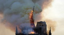 Hỏa hoạn tàn phá nghiêm trọng nhà thờ Đức Bà Paris