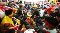 Hội Gióng và hội Chùa Hương sẽ bỏ lễ cướp lộc, phát lộc