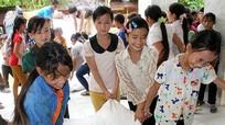Nghệ An: Gần 1.186 tấn gạo hỗ trợ học sinh học kỳ II năm học 2017 - 2018