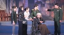 """Vở kịch nói """"Sóng muôn đời thao thức"""" công diễn ở Nghi Lộc"""