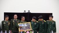 Lớp Đào tạo chỉ huy tham mưu cao cấp Campuchia làm việc với Bộ CHQS Nghệ An
