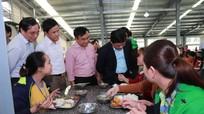 Các nhà máy ở Nghệ An: Làm gì trước cảnh báo ngộ độc bếp ăn công nhân?