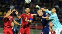 ĐT Việt Nam xuống áp chót, Thái Lan leo lên đầu tại bảng G; Ronaldo lập poker trên sân khách