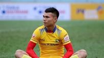 Nóng: Phạm Xuân Mạnh không được đăng ký cho trận đấu với Malaysia