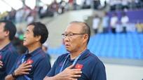 Tiến Linh bật mí lời thầy Park giúp U22 Việt Nam vực dậy; HLV U22 Malaysia mất chức