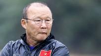 HLV Park nói không nhiều tài năng đủ kế cận Công Phượng; Cầu thủ Việt kiều chấn thương ngay trận đầu