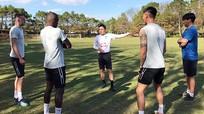V.League được tổ chức thay vòng loại World Cup trong tháng 3; Kiatisak dồn lực dạy dỗ 3 ngoại binh