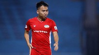 Ban huấn luyện TP.HCM 'soi kỹ' buổi tập của Hà Nội FC; Viettel mất Khắc Ngọc đến hết tháng 4