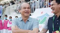 Đội bóng Hà Nội khủng hoảng nhân sự trầm trọng; Bầu Đức từng đập vỡ tivi vì HAGL thua Đà Nẵng
