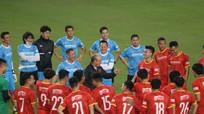 Tuyển Việt Nam đấu Malaysia, chờ tài dụng binh của thầy Park