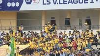 Bầu Đức phản ứng phương án lùi V-League 2021