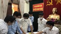 Phó Chủ tịch UBND tỉnh làm việc với huyện Nam Đàn khi có thêm 8 ca dương tính mới