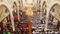 Giáo xứ Cửa Lò tổ chức tuần chầu lượt