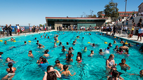 Nguy cơ nhiễm khuẩn khi đi bơi ngày hè