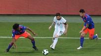 Argentina mở màn Copa America bằng trận thua 0-2