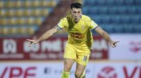 Nam Định thắng Hồng Lĩnh Hà Tĩnh; Duy Mạnh chắc chắn lỡ hẹn với AFF Cup