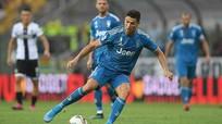 Ronaldo bị cắt 4,2 triệu USD tiền lương; Hùng Dũng tranh thủ học tiếng Anh lúc rãnh rỗi