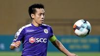 Văn Quyết vào nhóm tiền vệ giỏi nhất châu Á; Liverpool có thể vô địch trên sân trung lập