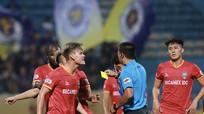 HLV Bình Dương tố trọng tài bất công ở trận thua Hà Nội