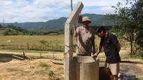 Cử tri Con Cuông kêu khó vì thiếu nước sinh hoạt