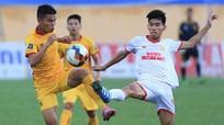 Tại sao V.League 2021 tạm dừng ở vòng 10?; Sao Hàn Quốc bị cáo buộc tấn công tình dục đồng giới