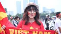 Hotgirl CĐV Việt Nam tung Clip tiếp lửa cho U23 Việt Nam