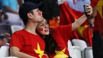 Những khoảnh khắc đẹp của CĐV Việt Nam tại Asian Cup 2019