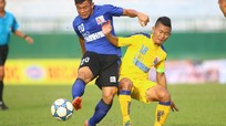 Tiền vệ Bùi Đình Châu (SLNA): Tài năng chưa có duyên với V.League