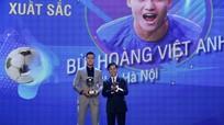 CLB Hà Nội thắng lớn tại các danh hiệu Quả bóng Vàng Việt Nam 2020