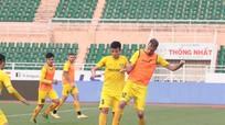 Đội trưởng SLNA háo hức đối đầu Lee Nguyễn