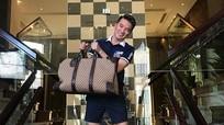 Đàm Vĩnh Hưng rao bán hàng loạt túi hàng hiệu