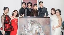 Mr. Đàm, Lệ Quyên bị chỉ trích vì ký tên lên tranh họa sĩ nổi tiếng