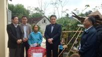 Sở Nội vụ trao nhà tình nghĩa cho người nghèo ở Quế Phong