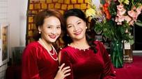 Bảo Thanh và mẹ đẹp rạng ngời trong bộ ảnh áo dài xuân