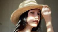 Hiền Thục chụp ảnh bán nude ở tuổi 38 gây tranh cãi
