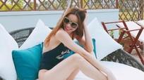 Hà Hồ diện bikini đa phong cách khoe thân hình đẹp như búp bê